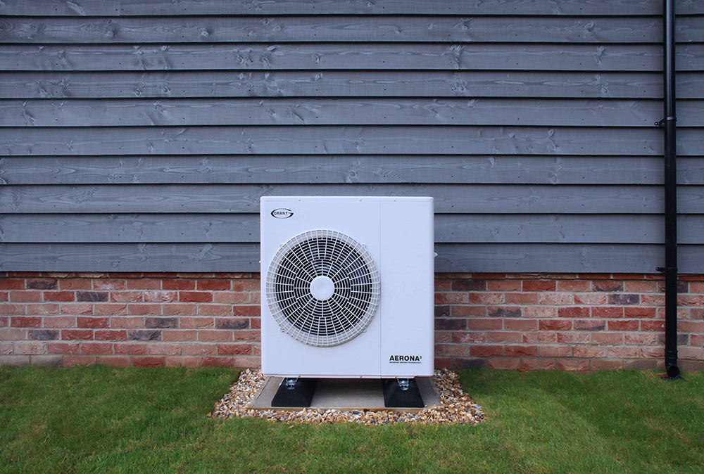 Grant Aerona³ R32 Air Source Heat Pump featured image